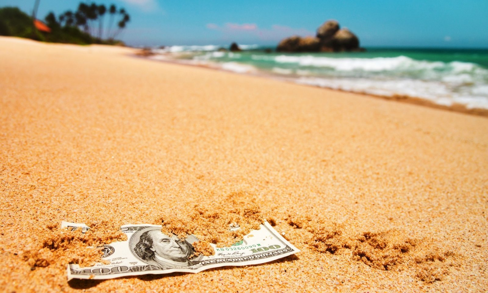 No summer break for currency markets