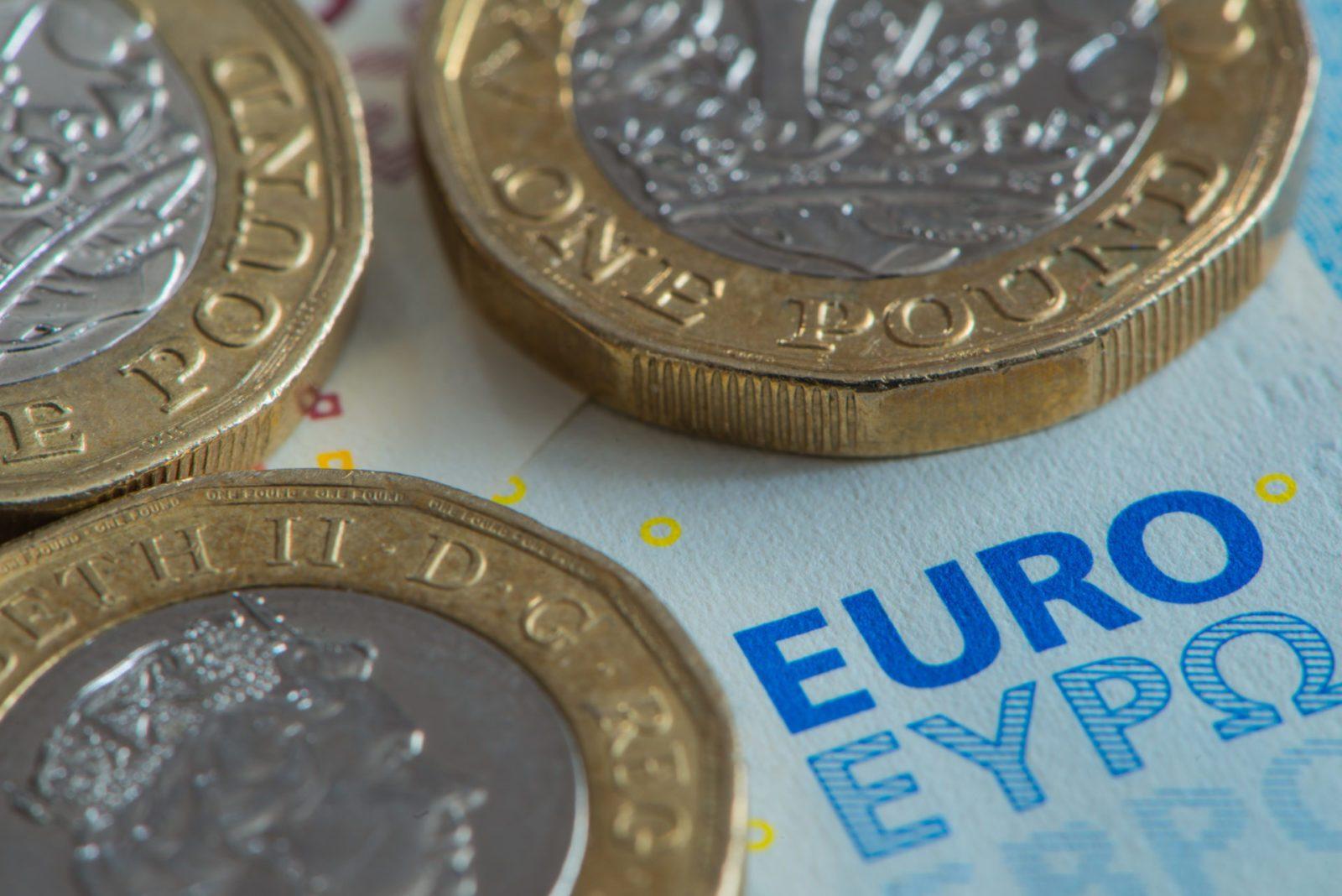 euro weaker pound