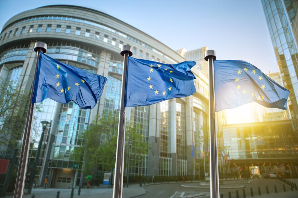 Pound weaker as EU economies start to recover