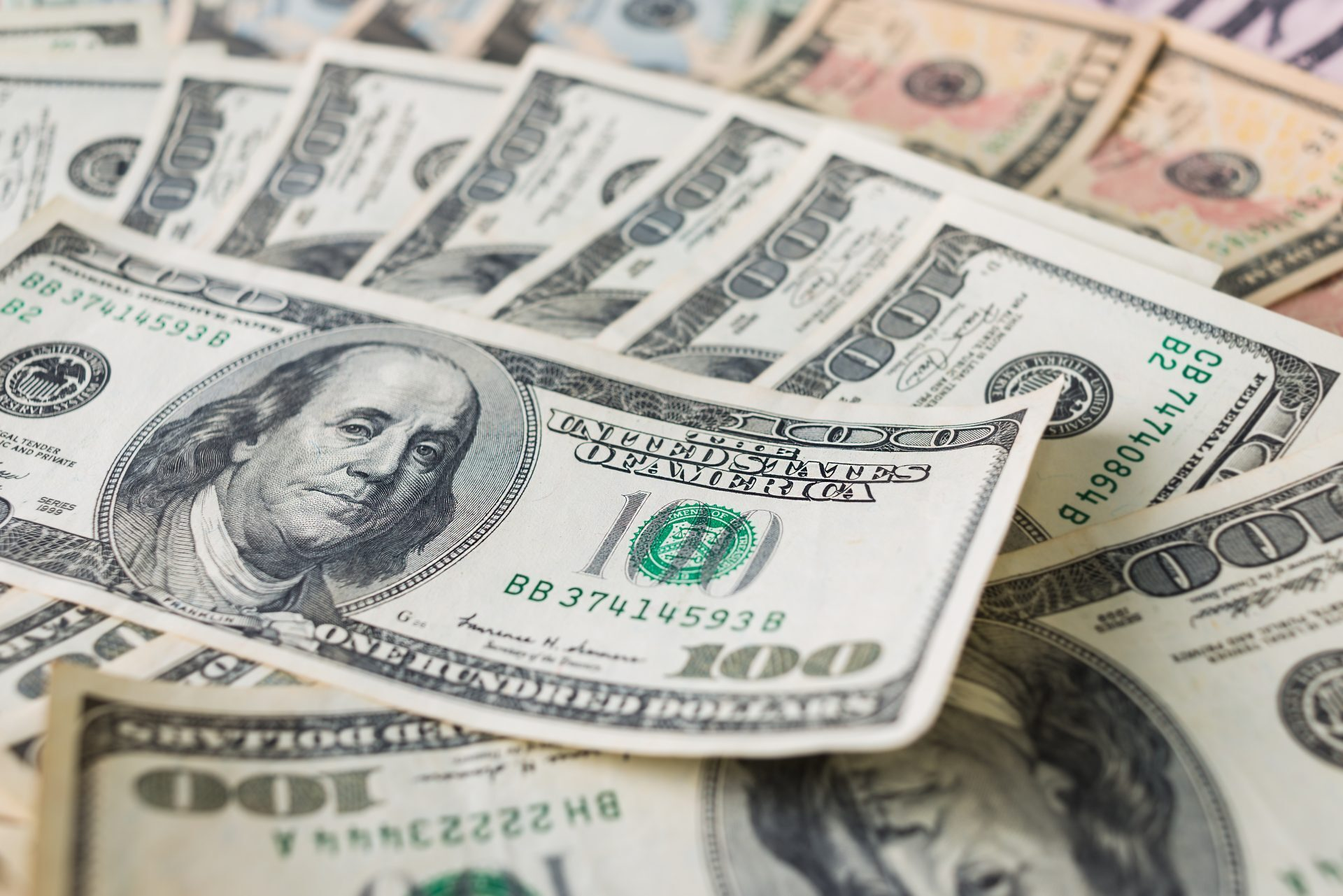 finance united states dollar and exchange United states and united arab emirates disrupt large scale currency exchange network transferring millions of dollars financial institutions to exchange.