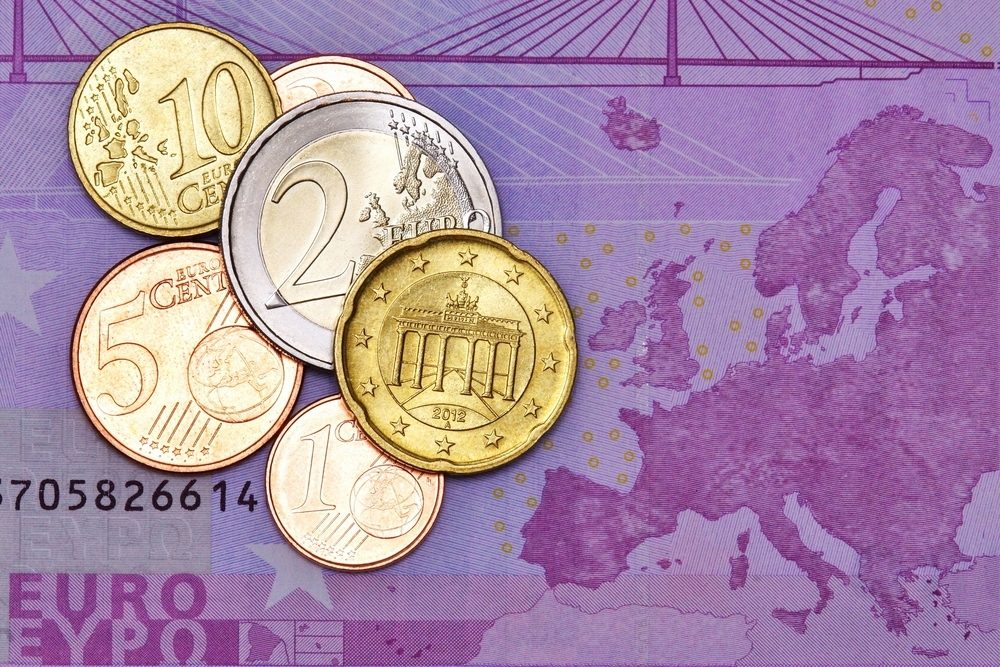 eurozone inflation dips