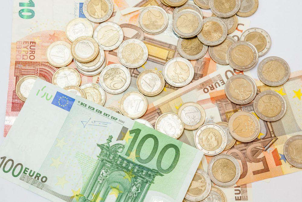 EUR exchange rates