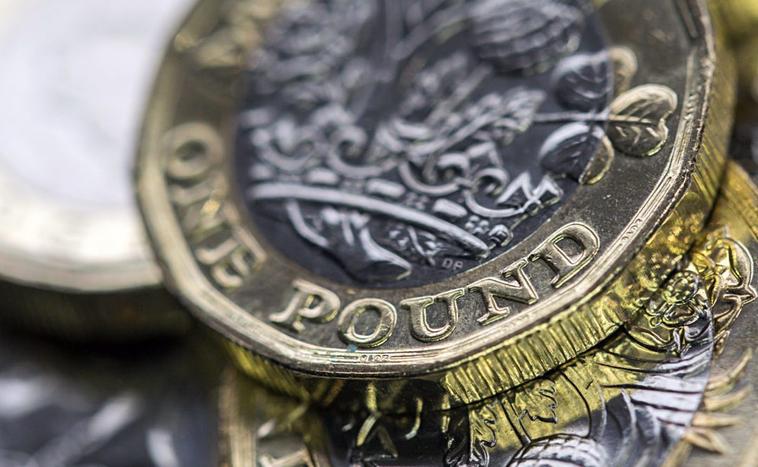 No-deal Brexit fears still weigh on the pound